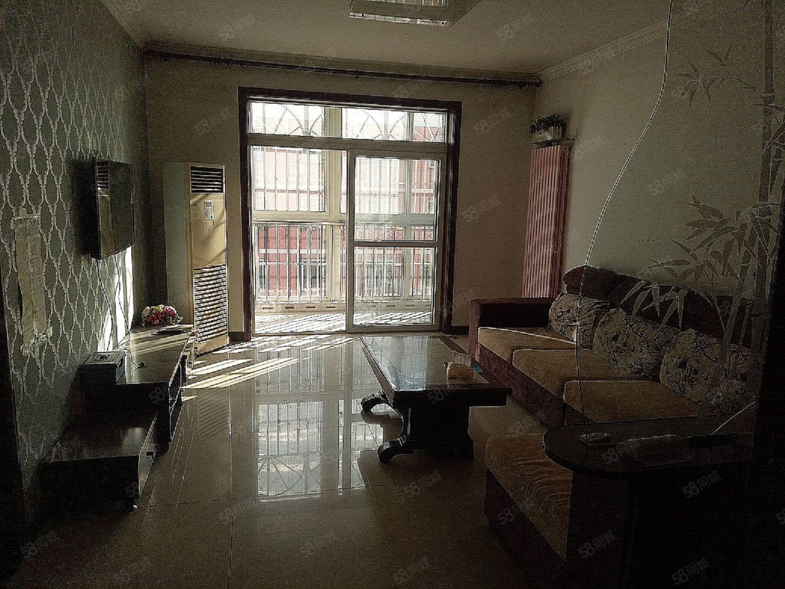 秀水街迎賓小區精裝三居黃金樓層房本滿二戶型方正