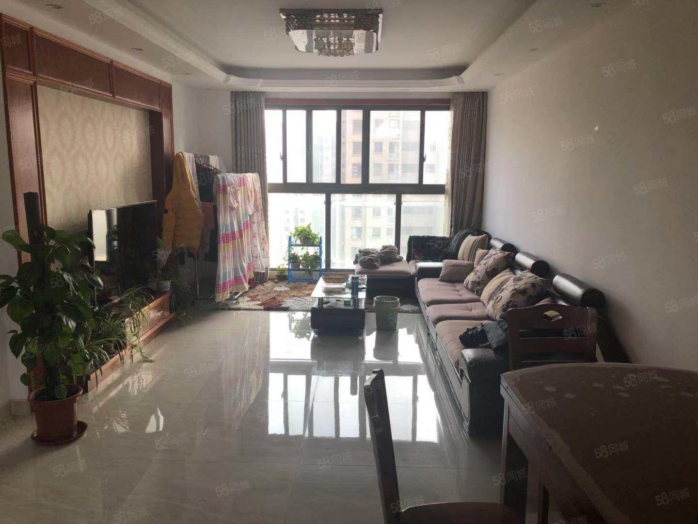 杭州灣汀蘭苑,精裝兩房,真實在售,帶車位,有你要的居所