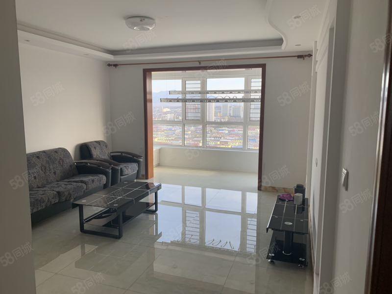 天瑞家园有好房出租,高层,138平米,一个月1200元,家具