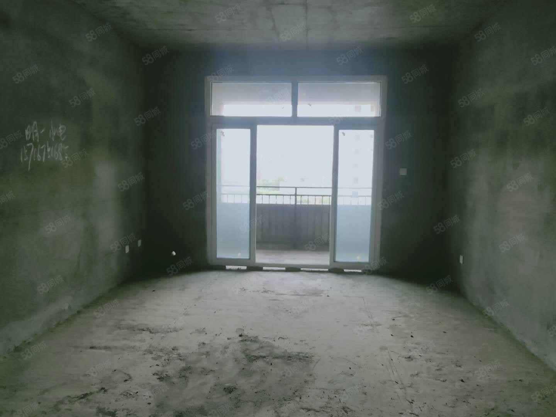 捡漏房,周师旁边!馨丽康城3室2厅2卫2阳台,房主急售