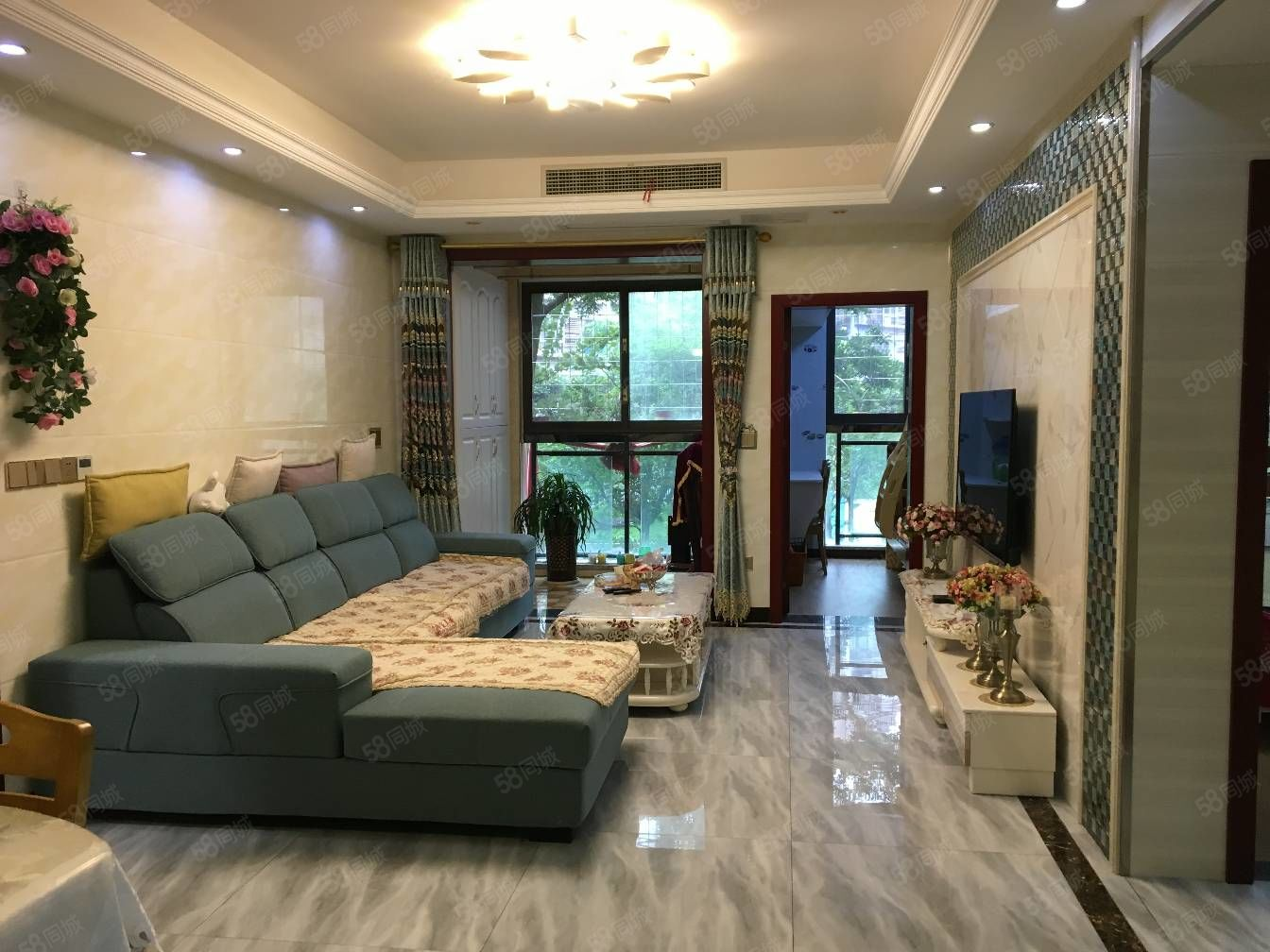 萬達附近,商圈中心位置,龍邁精裝三房出租,家具家電齊全