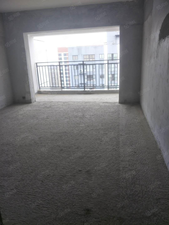 大商匯毛坯房四居室住房出售(3500平米)有證可按揭