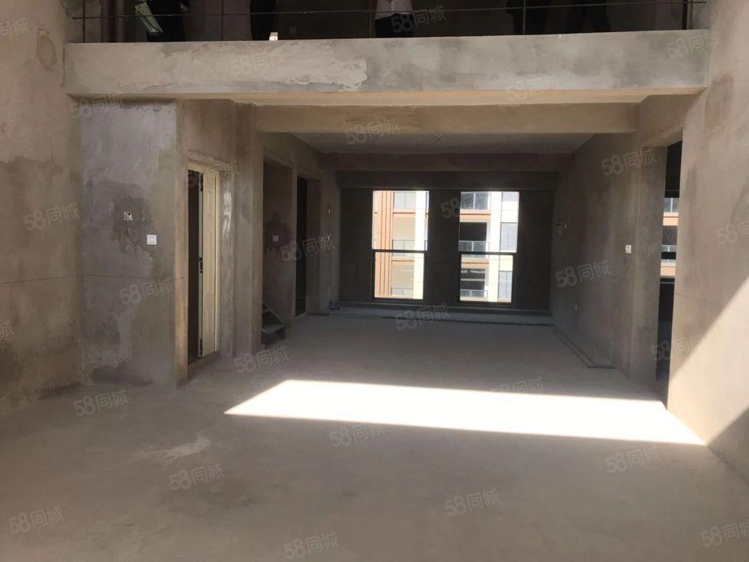 南边新小区大复式楼送阳台送书房带车位首付一半