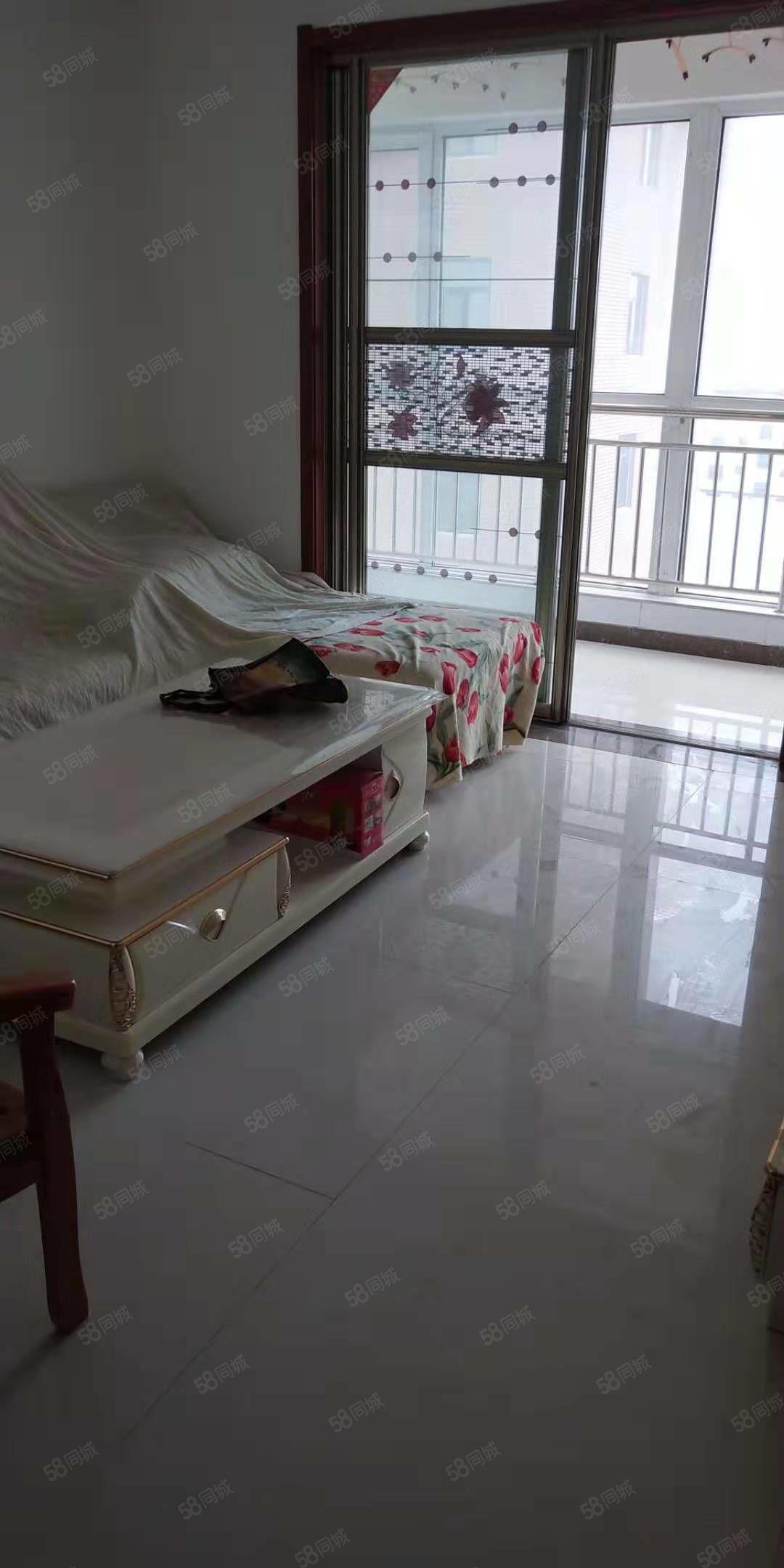 和谐庄园 两室带储藏室 新房装修未住 有证