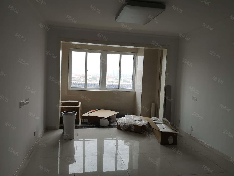 富园竹苑高层12楼118平10平,三室两厅一卫,精装82万
