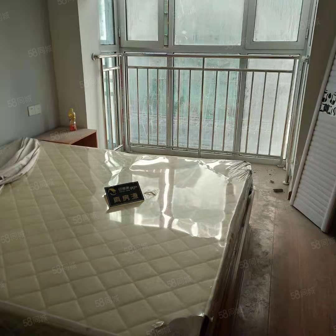 上海天景城公寓位于新城区新市医院附近,地理位置好,
