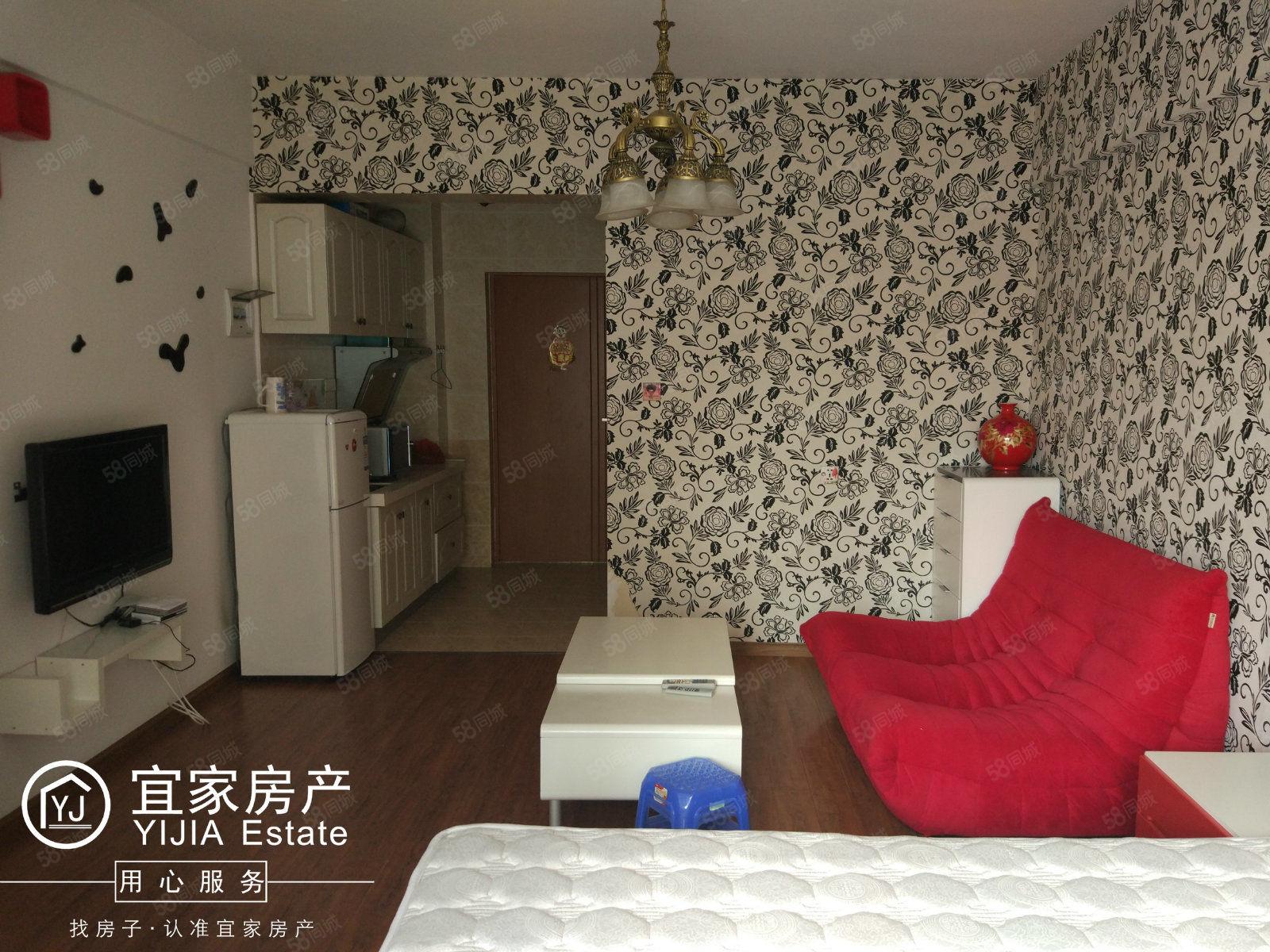时代广场,1室1厅1厨1卫,精装修单身公寓,带全套家电家具租