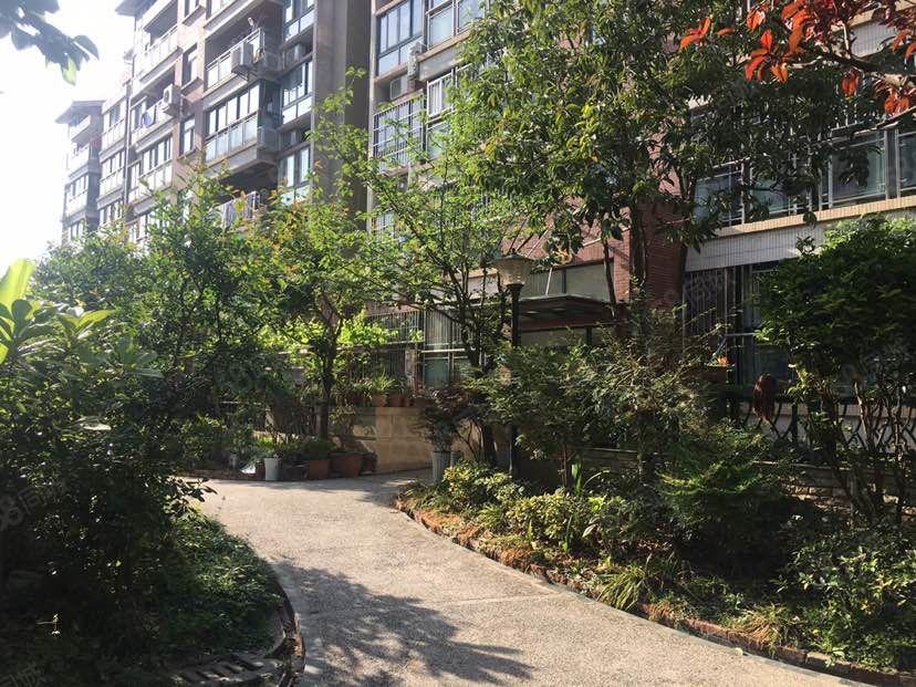 御景名都带车库带南向花园127平米3室2厅2卫1阳台可按揭