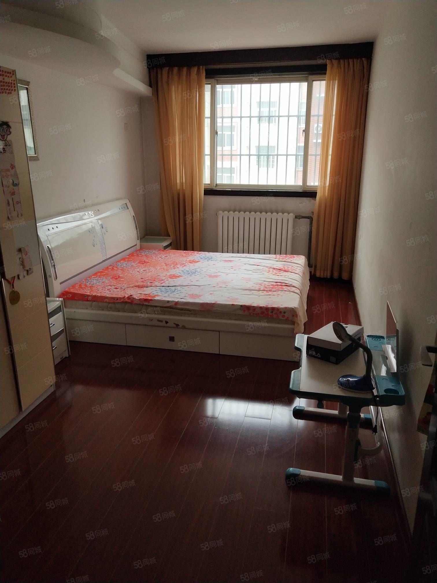 小西圣泽苑80平4楼两室配置齐全干净领包入住
