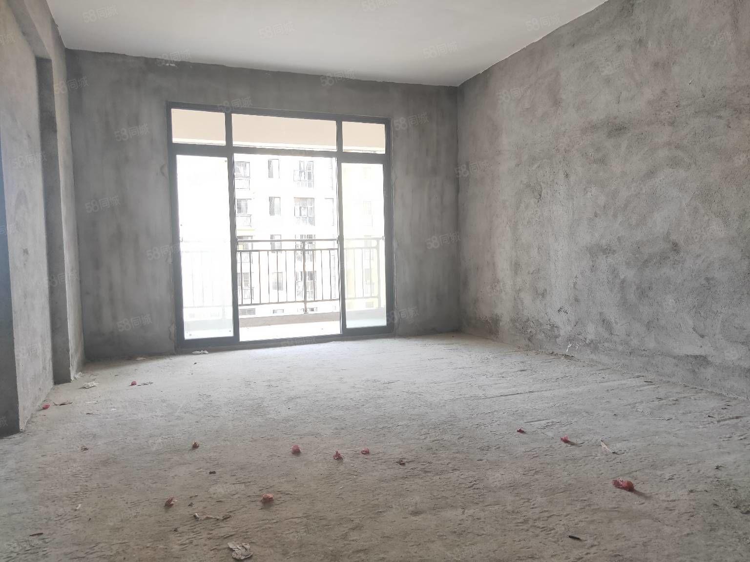 绵江印象3房2卫送面积12平随时过户仅售65万