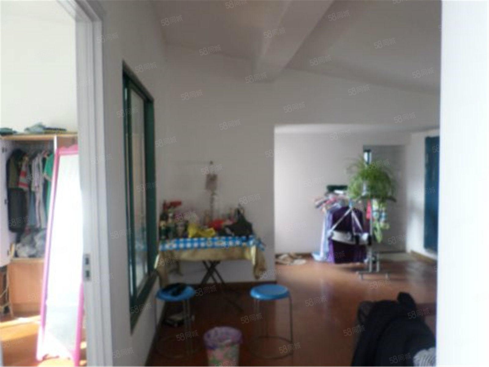 大淮中对面盛世名门精装房出租仅900每月家具齐全拎包即住
