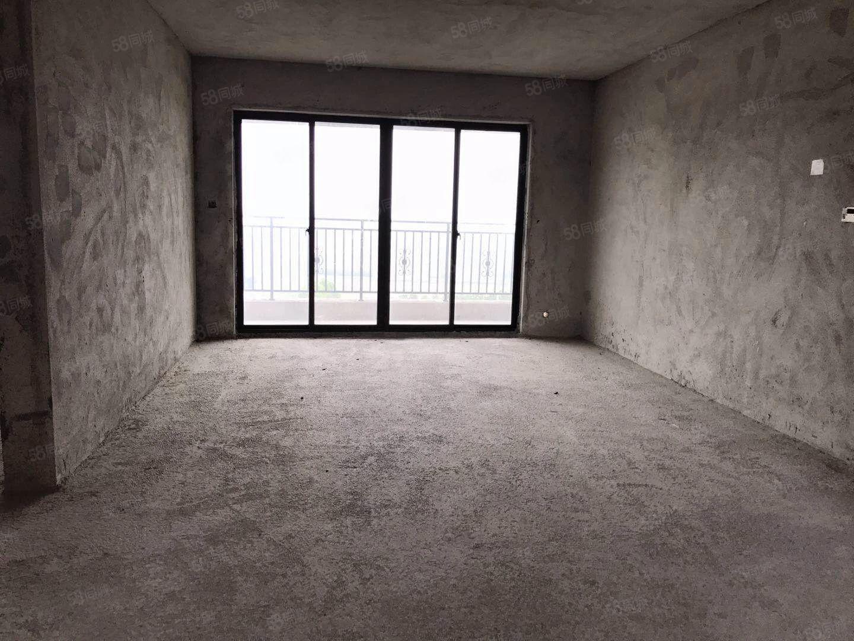 广博峰景145平方的四房,仅仅售5500一平方