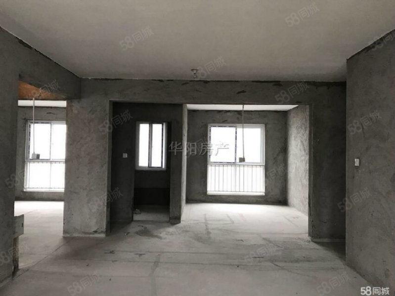 天悦府大三室边户,走一手房手续4800到5300楼层不等可选