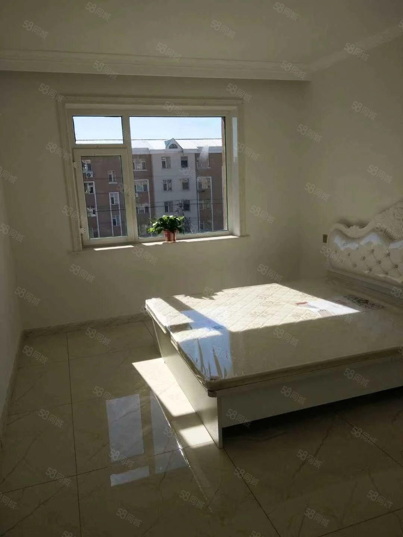 文化小区全新装修两居室没住过人大阳台可以晒日光浴哦