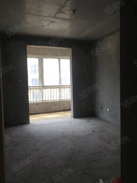 世纪大道双峰锦湖两室毛坯房业主诚意出售看房随时打