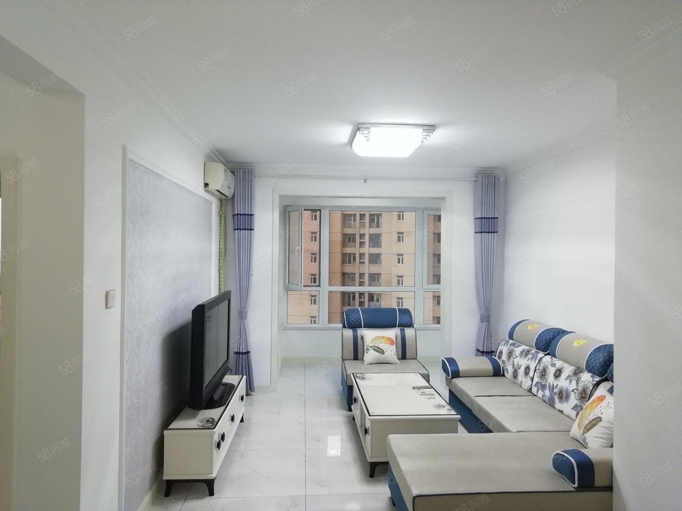 年租,御海龍灣南區,地暖天然氣,拎包入住,三陽戶型,有空調