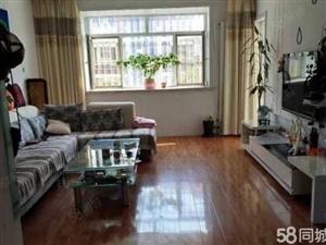 东城万达丽日129平三室两厅一卫精装修带车库地下室房产证满五