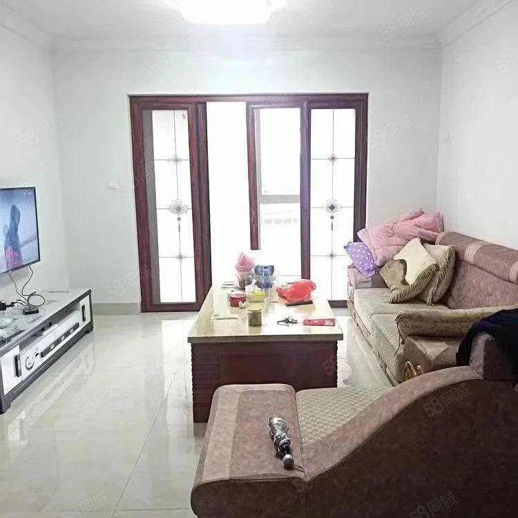 阳光新都大3房,127平米,中层,清爽装修,仅售价99.9万