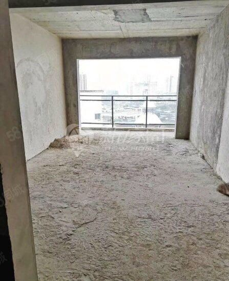 金域蓝山毛坯房大3居户型方正手续齐全可按揭贷款首付11万左右