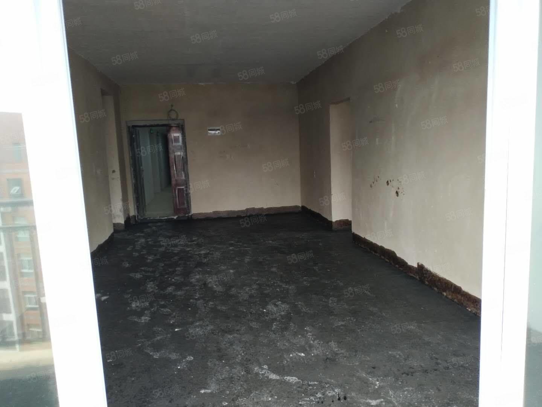 103地质队附近电梯大两房急售价格便宜