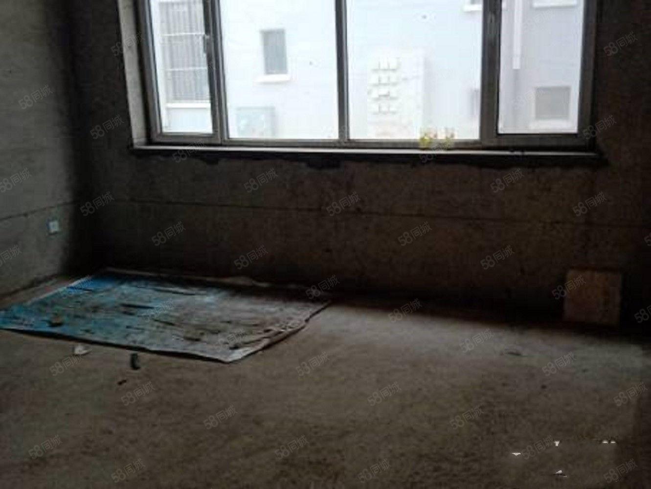 府前南苑低层89平67万三居室毛坯现房边户