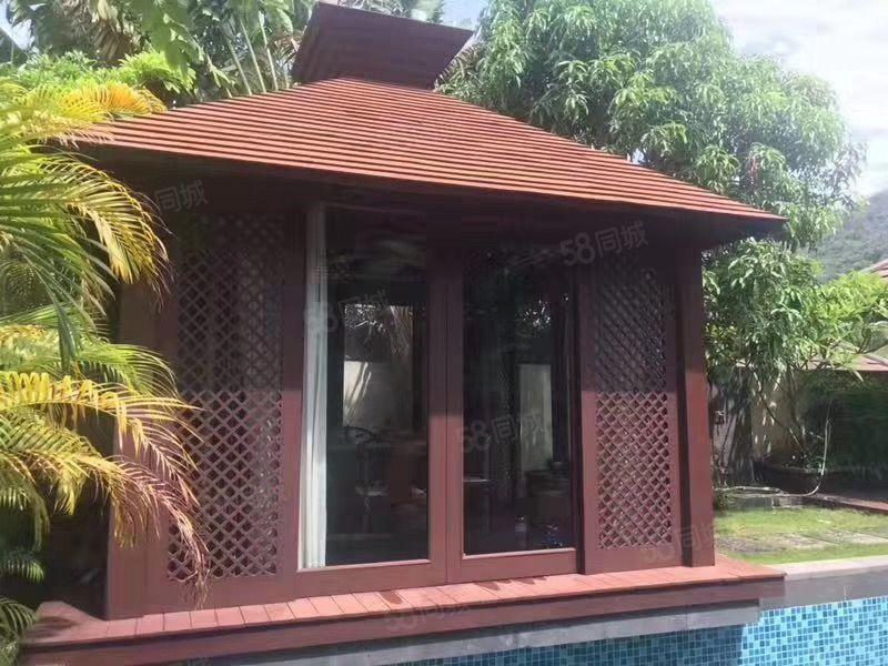 亚龙湾独栋别墅使用面积348平米带院子私家泳池