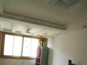 四中教师公寓中装3室出售有地面朝南产权大车库