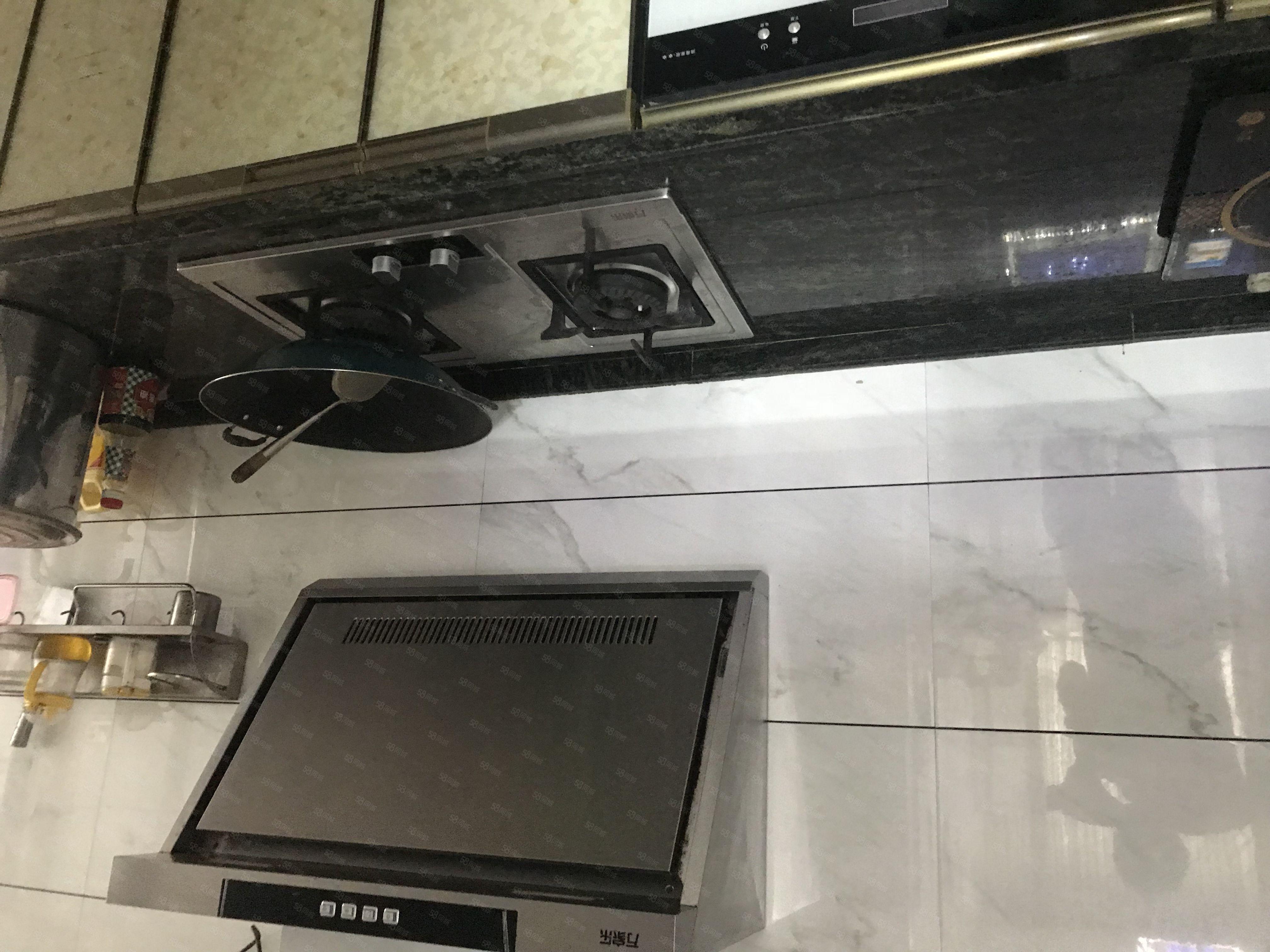 東信2房全新精裝修出租