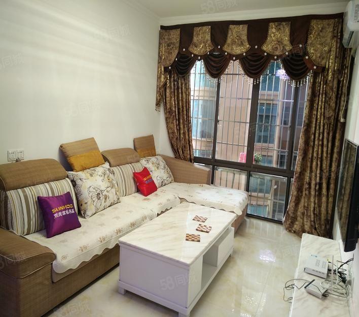 亮点房产翰林名苑11楼精装套一房子漂亮新色随时可看