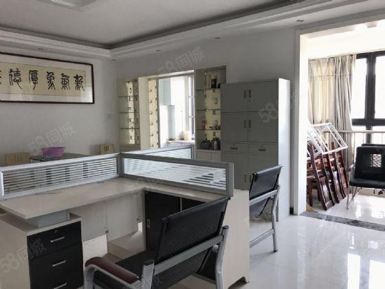 江南世家对面明珠国际城精装三房一把付单价低拎包入住
