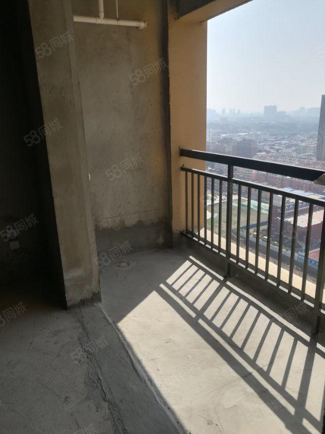 一线沙河景漯河绿地城高端物业铺设地暖管道欢迎咨询