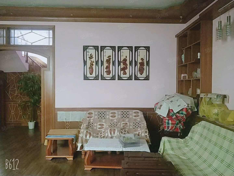 侯馬出售獨院300平精裝房房本滿二手續齊全可按揭