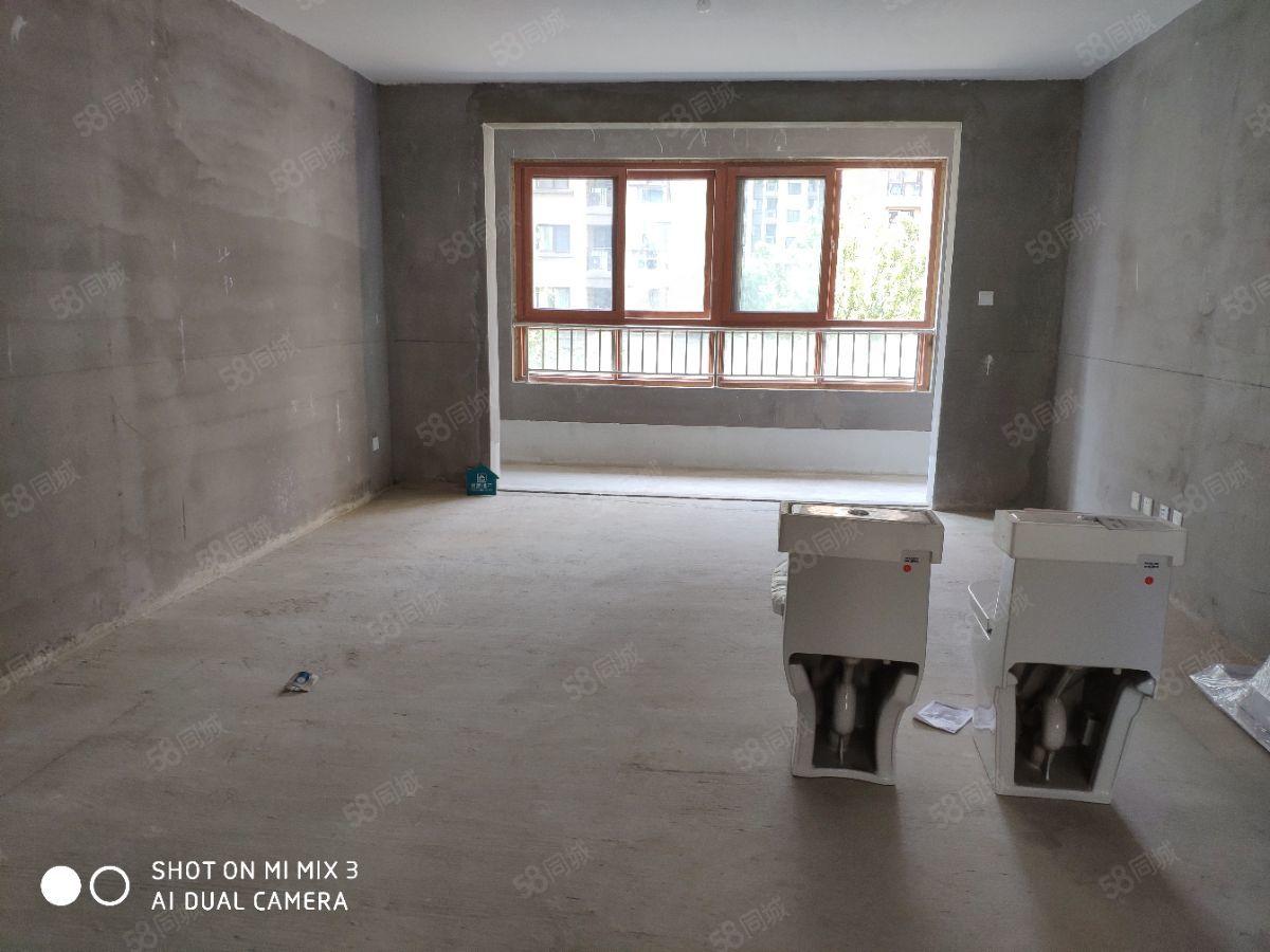 恒基都市森林3室2厅带配房中央空调新风系统环境优美