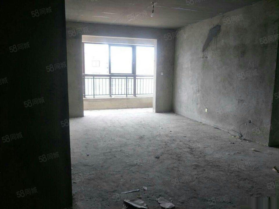 尚庭玫瑰园环境优美户型房子随时过户性价比单挑全城欢迎看房