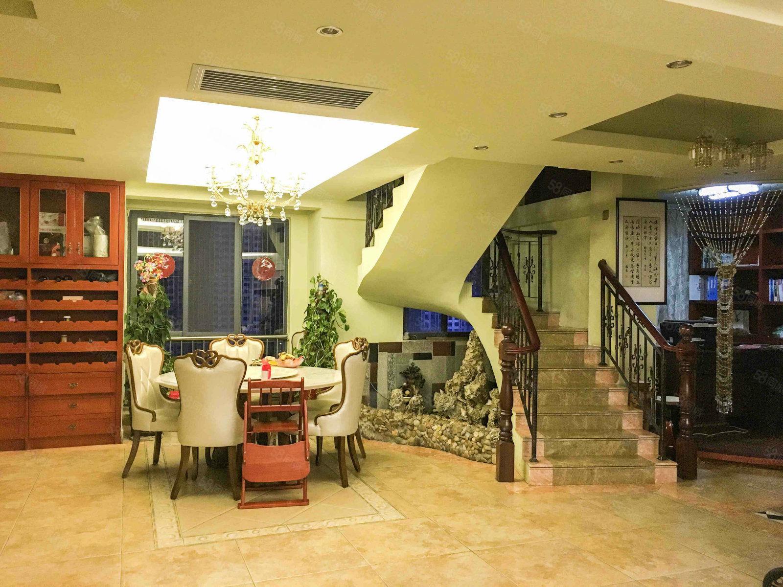 急售時代錦園樓中樓大6房高層東頭邊套贈送超大露臺看房方便