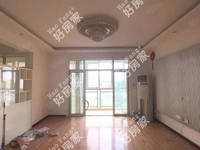 单价五千多装修三居带地暖满两年可按揭看房方便诚售