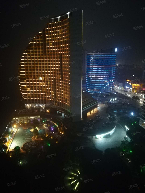 一线海景房富丽华2房22楼,2400月,红木家私,中央空调