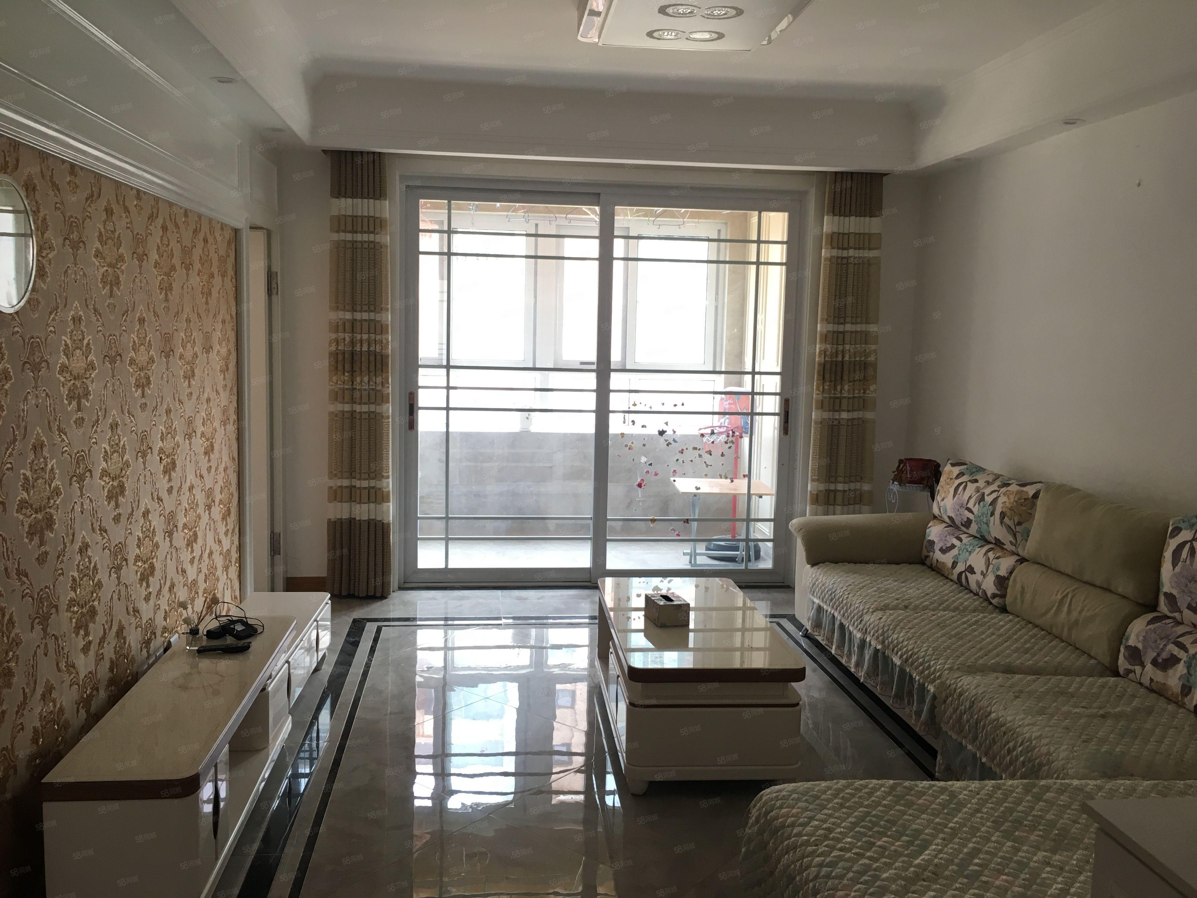 康城府砥多層3樓全新裝修基本未住帶中央空調戶型好證齊可貸款
