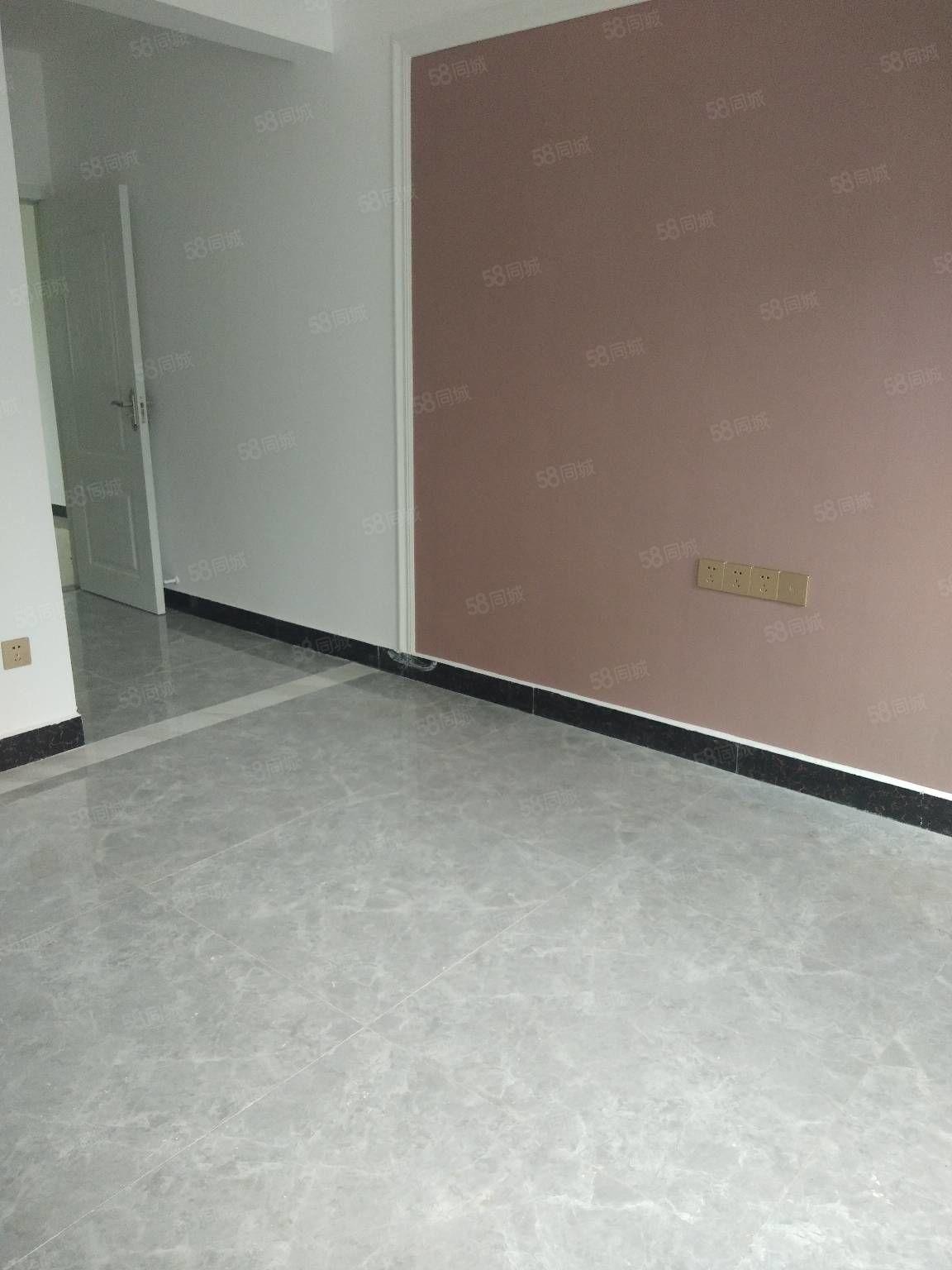 桃花岛全新装修一室一厅42平米老人房合同齐全