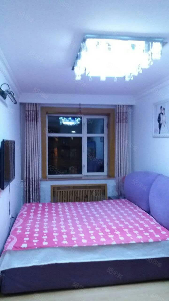 ?#25512;?#21378;北小区,三室一厅。精装,拎包入住