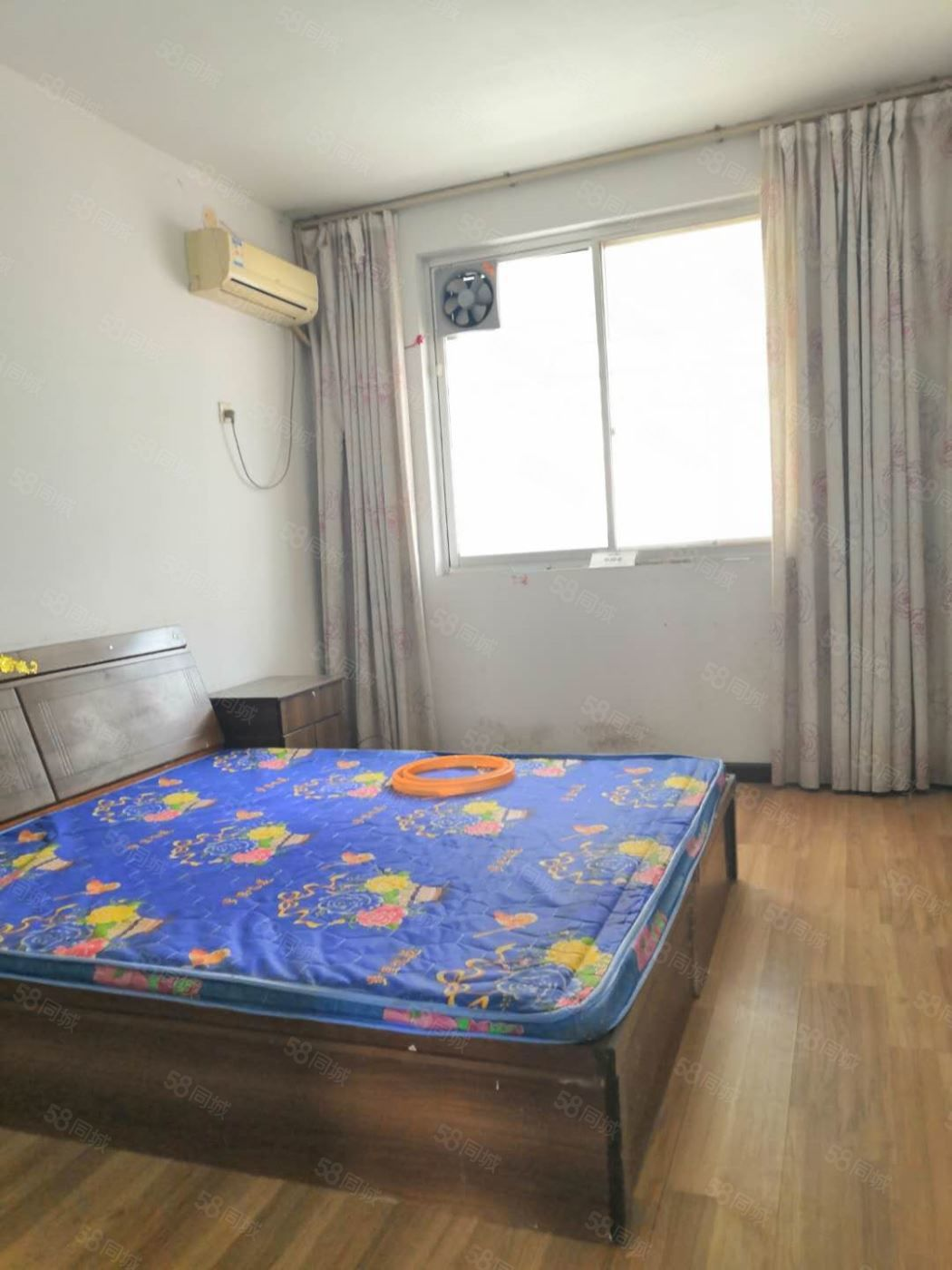 中心医院光武路西隔壁05年房3中9小4室首付40万送储藏室
