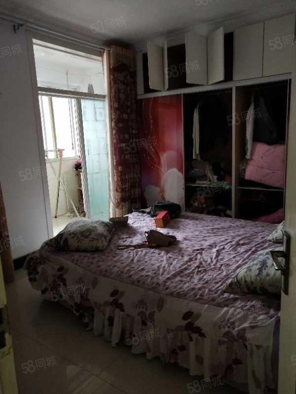 晶宫国际城套房出租,拎包入住的好房!