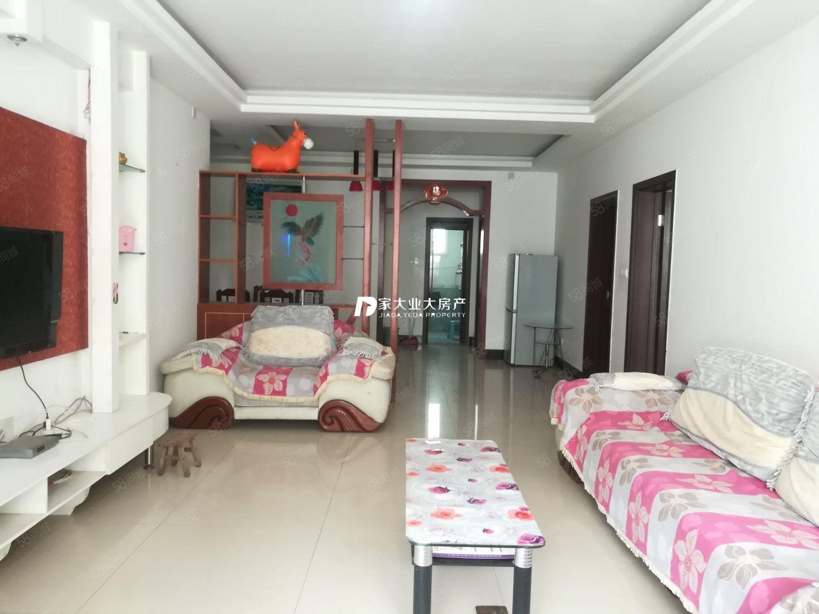 江北怡河苑品质小区精装3室。15000元每年拎包即住可停车