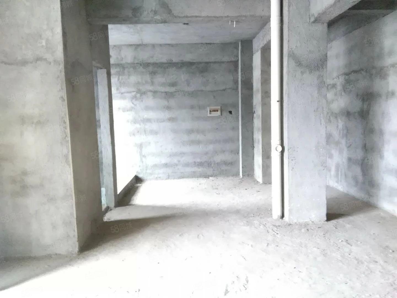 锦江名城复式楼单价只要4300多毛坯三房带大露台