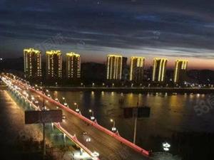 观景房万通公寓金康园117平米精装67万