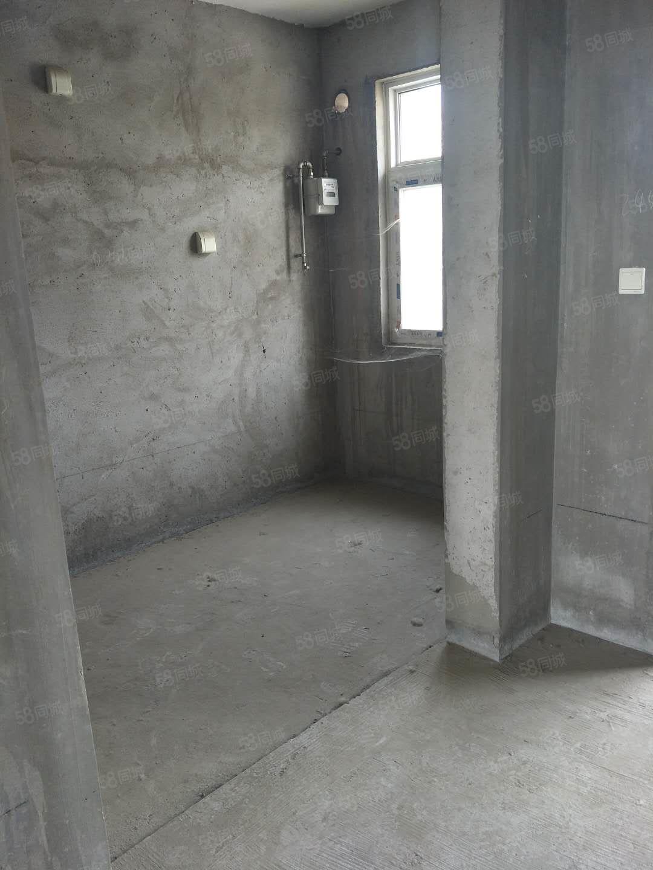 孟电滨河新城首付20万左右毛坯现房南北通透步梯四楼