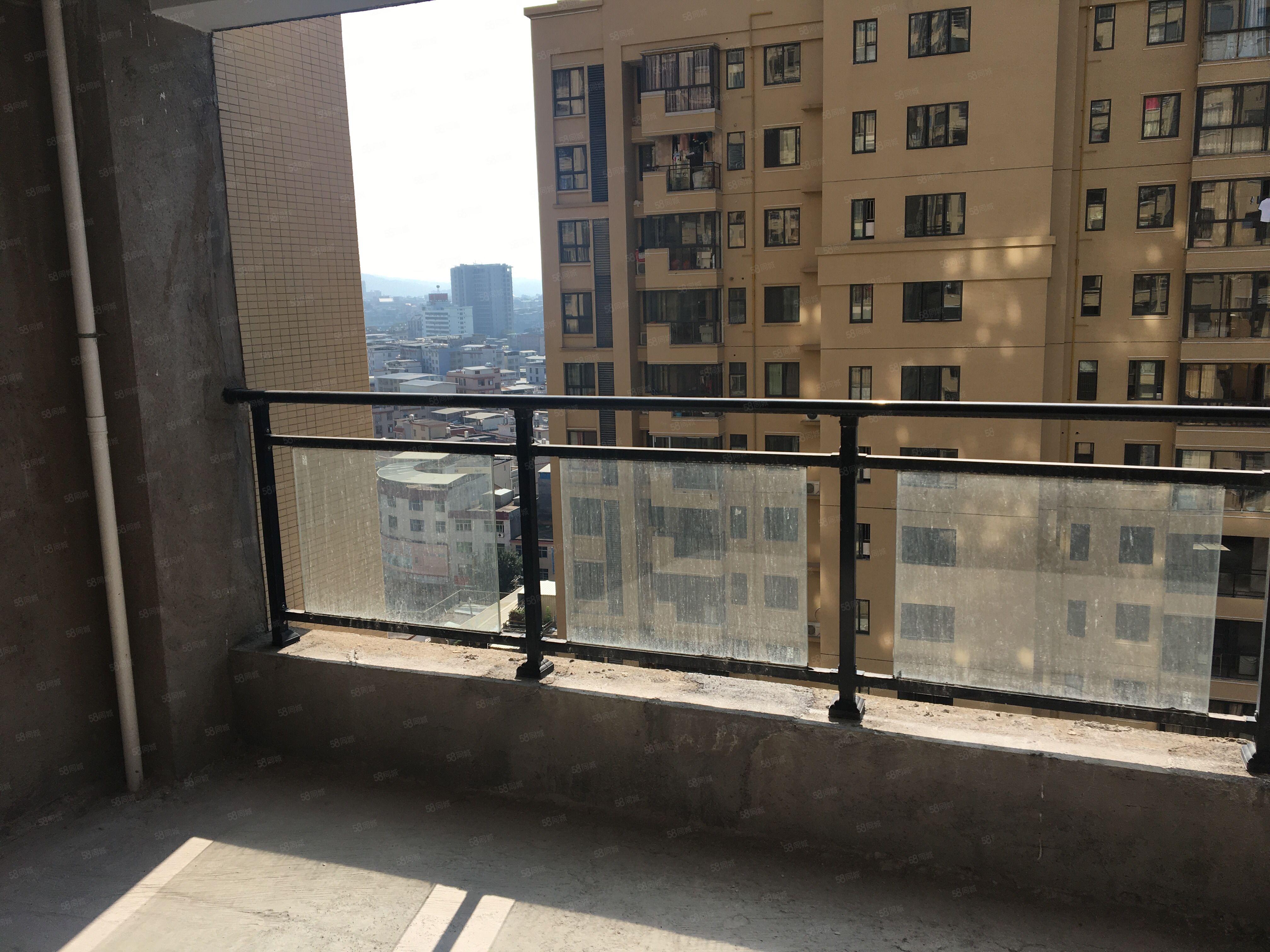 帝豪时代广场4房2厅2卫