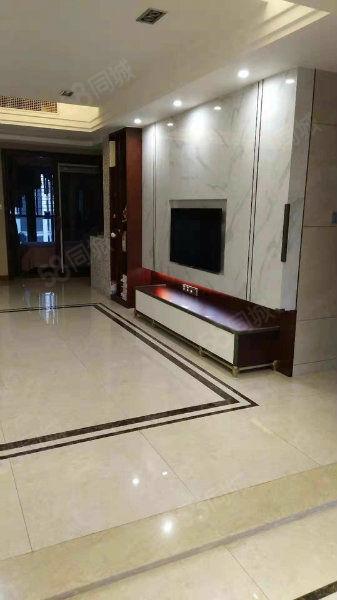 郦景阳光二期150平豪装85万4房三彩电梯高层
