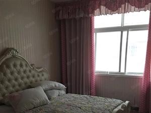 三室两厅两卫,户型好,步梯二楼适合老人居住