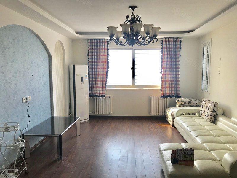 金都华府精装修精装公寓,全新家具,清新风格,长期对外出租
